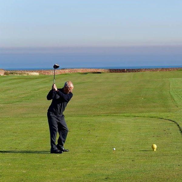 Philippe-Uranga-Professeur-de-Golf